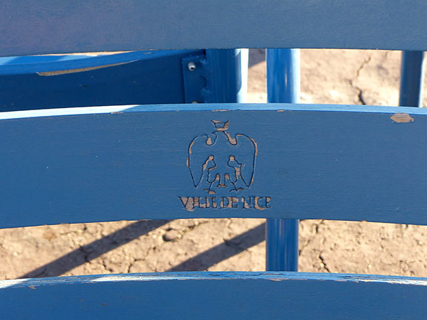 chaise bleue de Nice