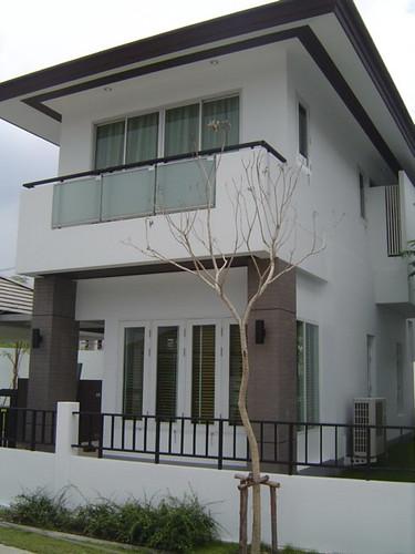 HOUSE 023