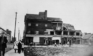Cyclone damage, Regina, Saskatchewan, 1912 / Bâtiments endommagés par un cyclone à Regina (Saskatchewan), en 1912