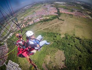 Janna Paragliding
