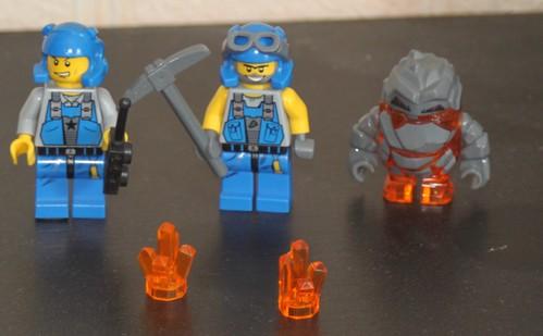 8960_LEGO_Power_Miners_02