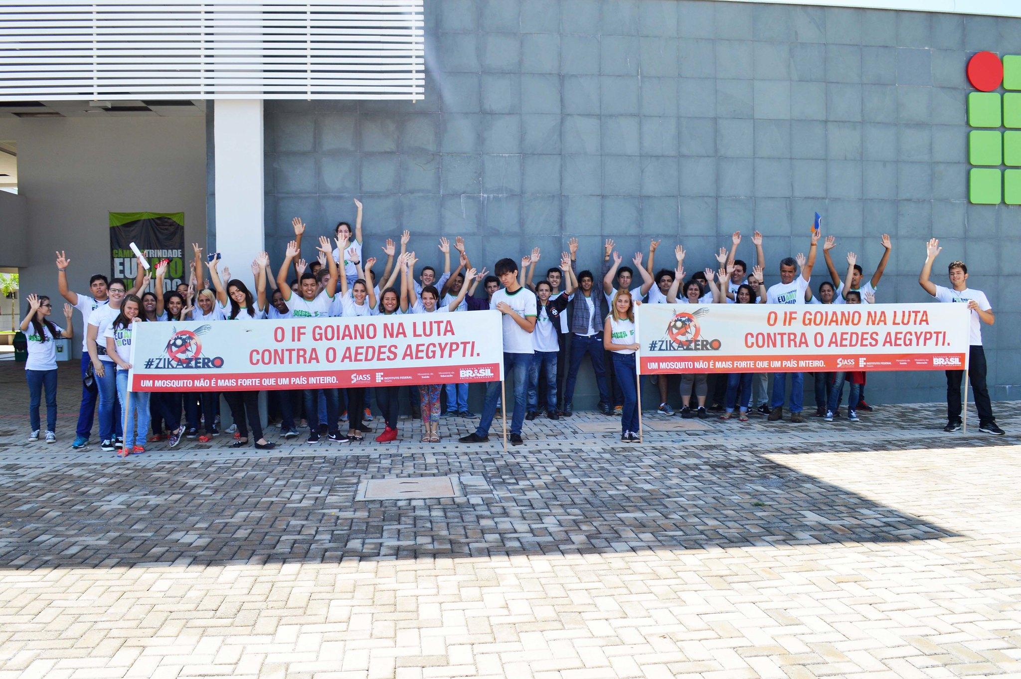 Ação na comunidade contra o Mosquito Aedes