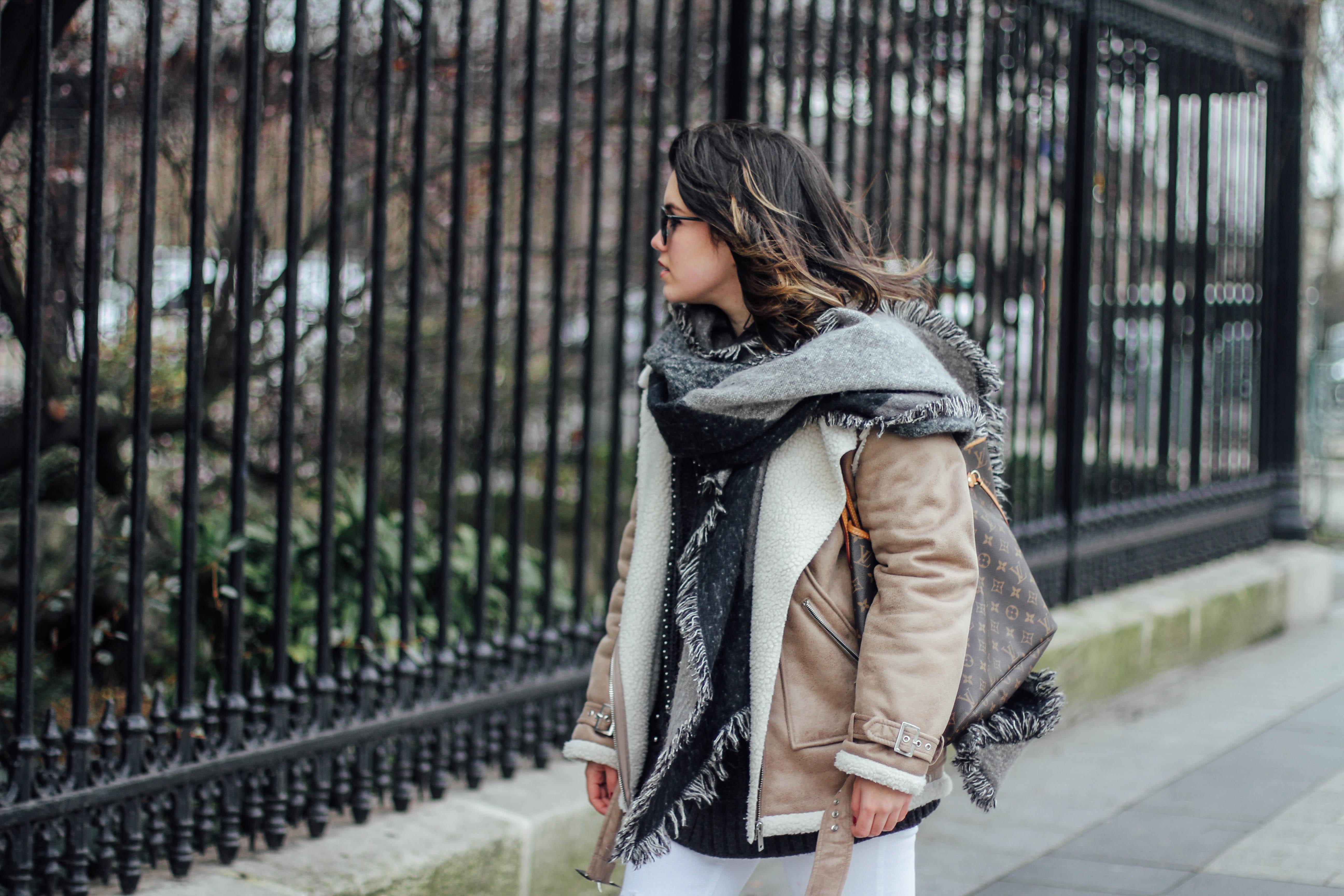 shearling-jacket-beige-isabel-marant-sneakers-streetstyle fashion myblueberrynightsblog