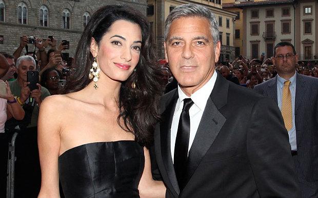 Актёр Джордж Клуни с женой