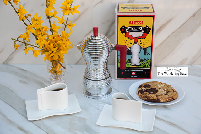 Alessi Pulcina Espresso Pot and E-LI-LI cups