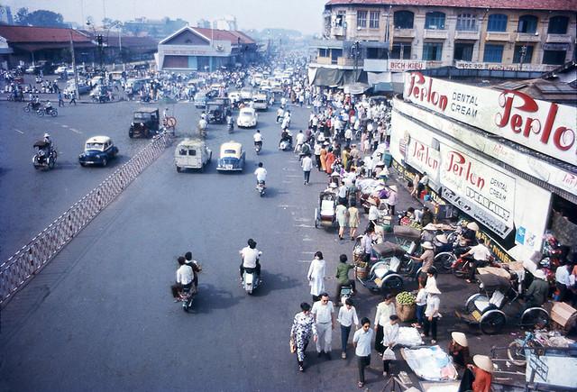 SAIGON 1972 - Chợ Bến Thành
