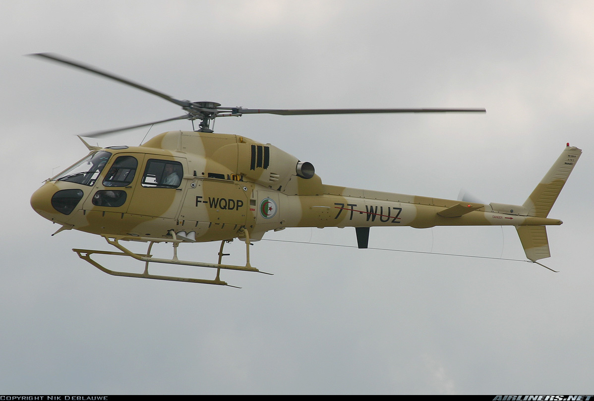 صور مروحيات القوات الجوية الجزائرية Ecureuil/Fennec ] AS-355N2 / AS-555N ] - صفحة 5 26705122566_2ca03d2a0c_o