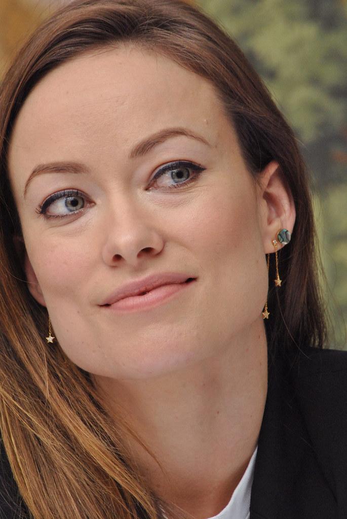 Оливия Уайлд — Пресс-конференция «Винил» 2015 – 34