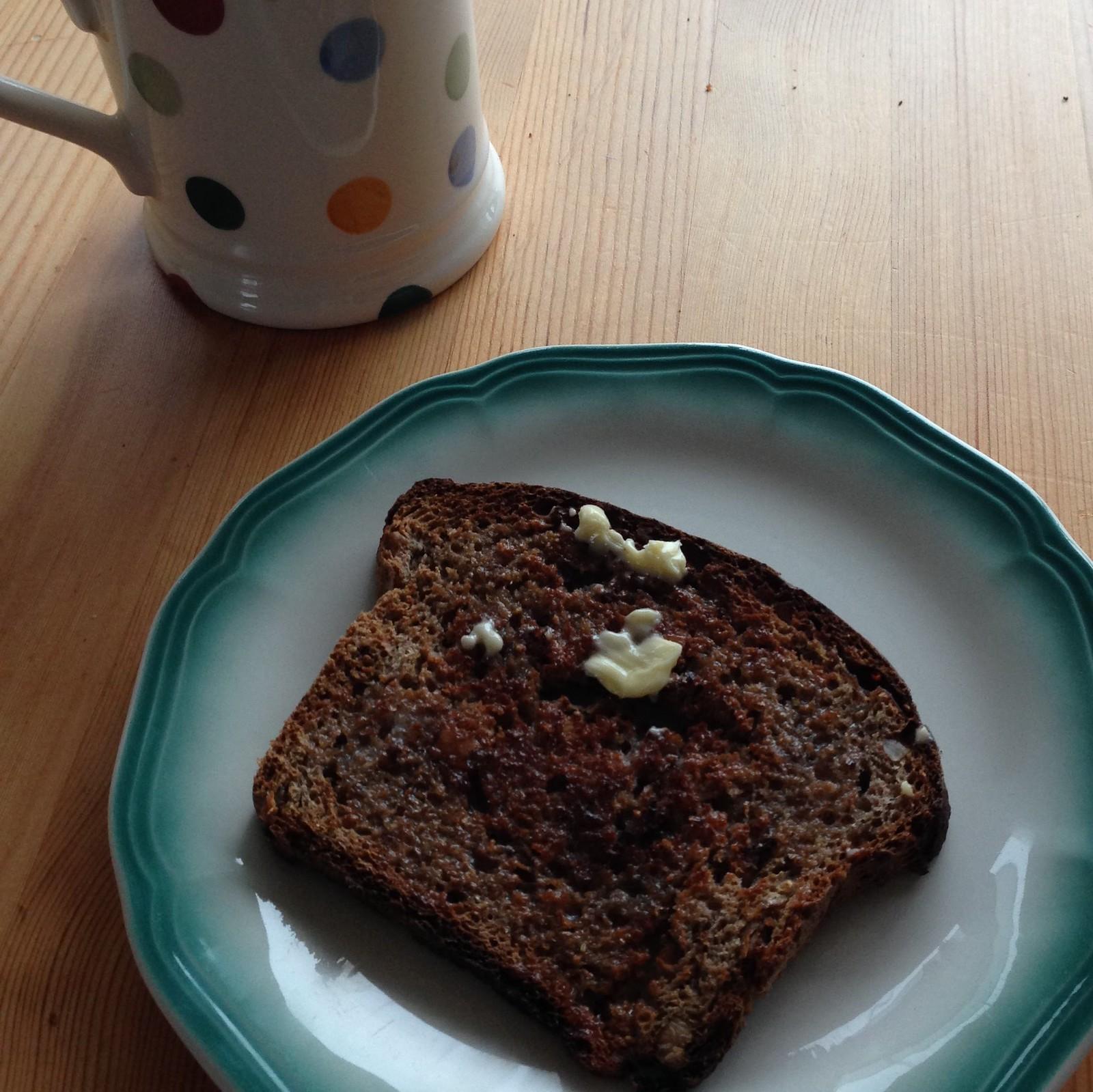 spelt walnut and fig bread 5