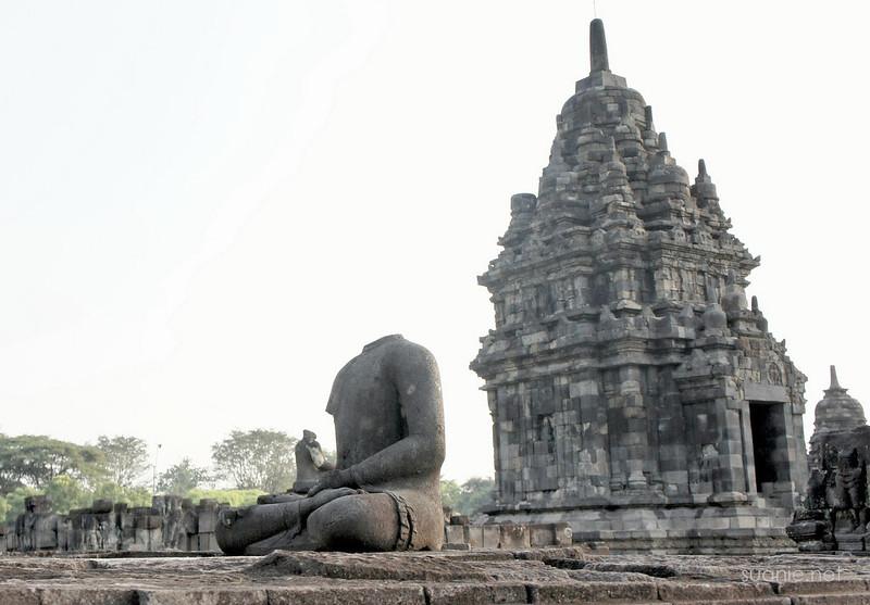 Prambanan, Yogyakarta - Candi Sewu headless statue