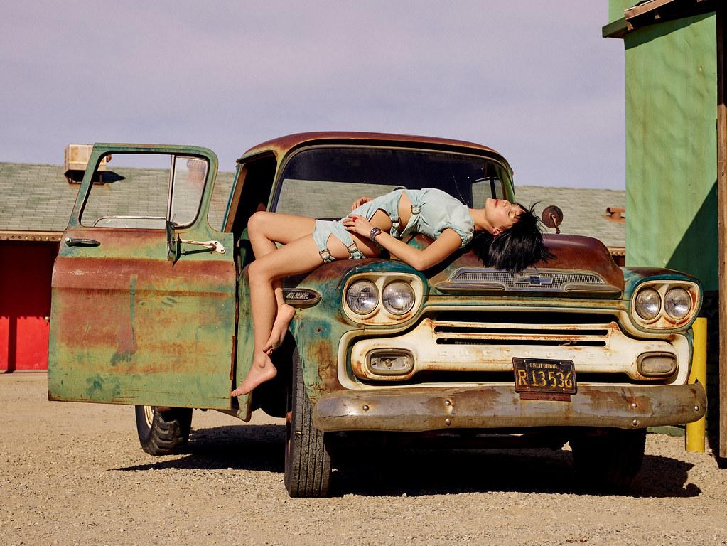 Белла Хадид — Фотосессия для «Love» 2016 – 6