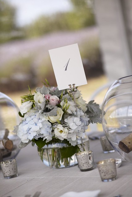 gorgeous wedding centerpieces for an outdoor rustic wedding | Photo by Blumenthal Photography | Read this real wedding on I take you - UK wedding blog