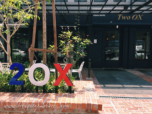 Sunday's Brunch at 2OX