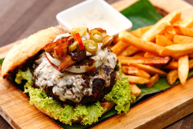 Opium KL Burger