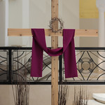Passiontide cross