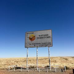 border sign