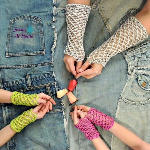 Netties-Super-Simple-Mitts-free-crochet-pattern-by-Jessie-At-Home-1