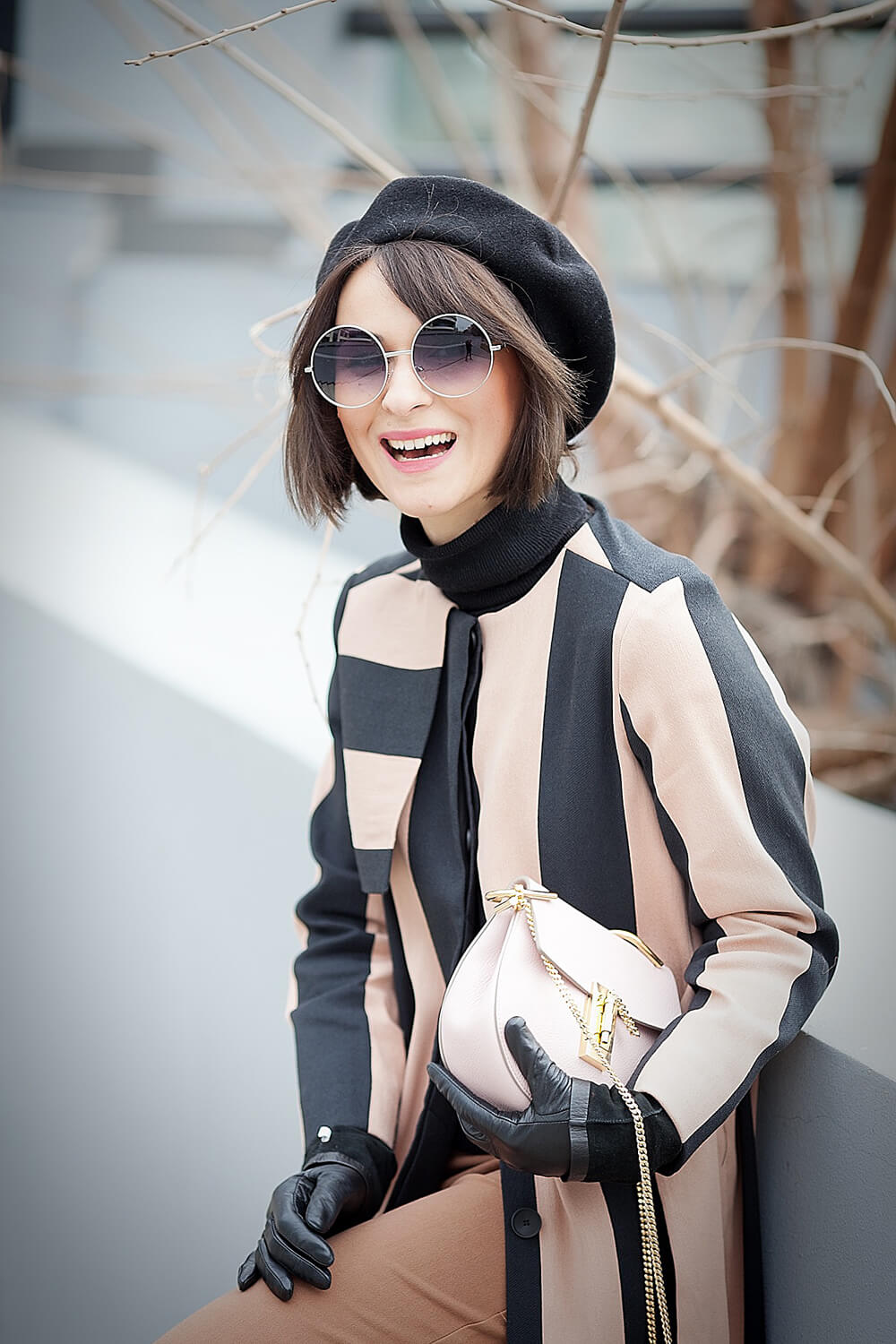 round+sunglasses--chloe+drew+bag55