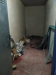 trastero con luz de unos 5 m2 aproximados. En su inmobiliaria Asegil en Benidorm le ayudaremos sin compromiso. www.inmobiliariabenidorm.com