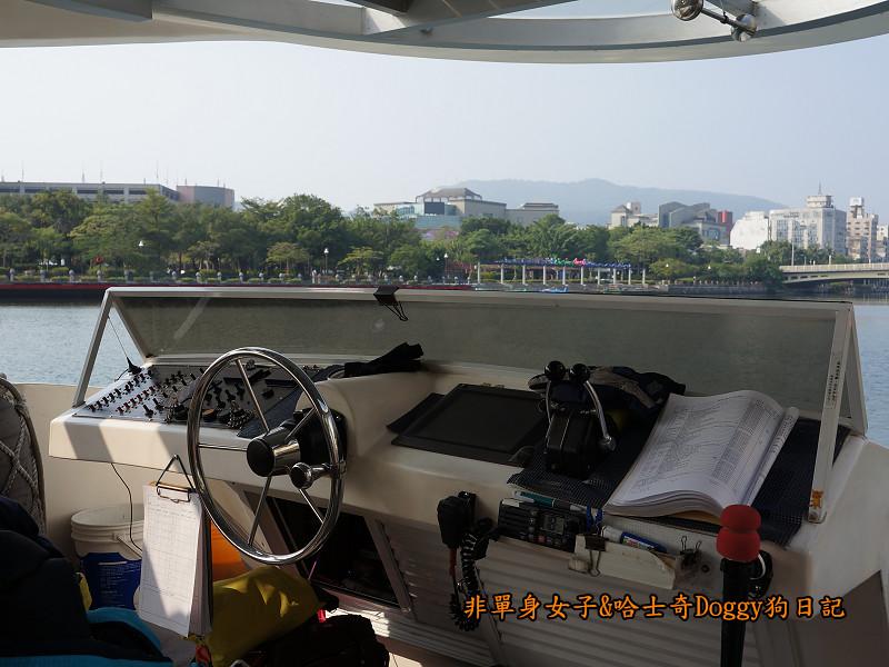 高雄港遊愛河16