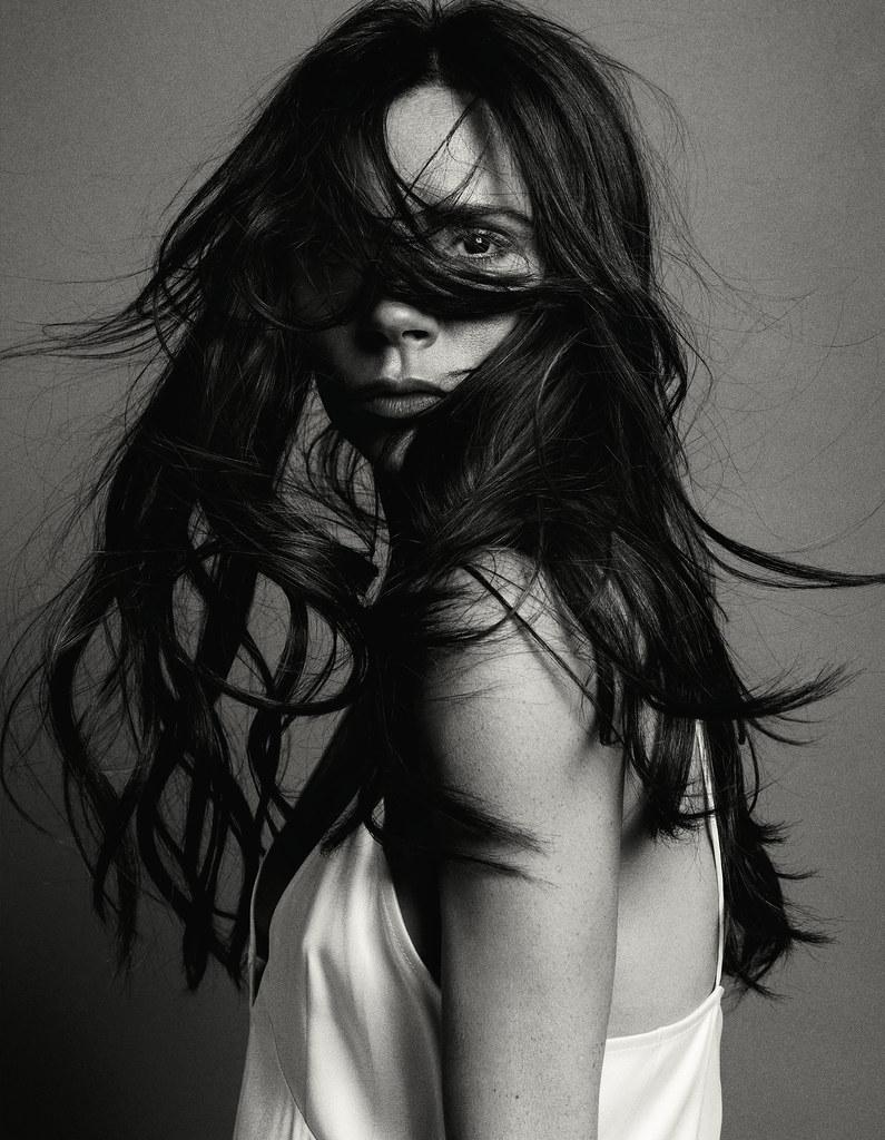 Виктория Бекхэм — Фотосессия для «Vogue» CH 2016 – 2