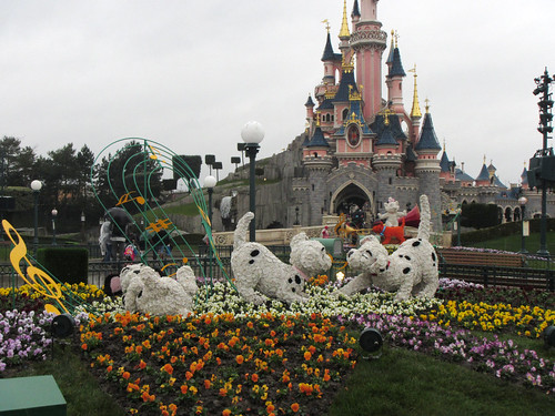 Dalmatians in front of the castle