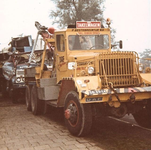 SB-49-14 Ward La France or Kenworth M1A