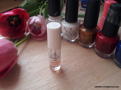 essence nail treatment
