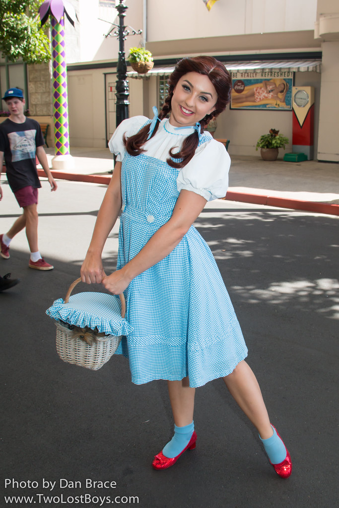Dorothy Gale At Disney Character Central