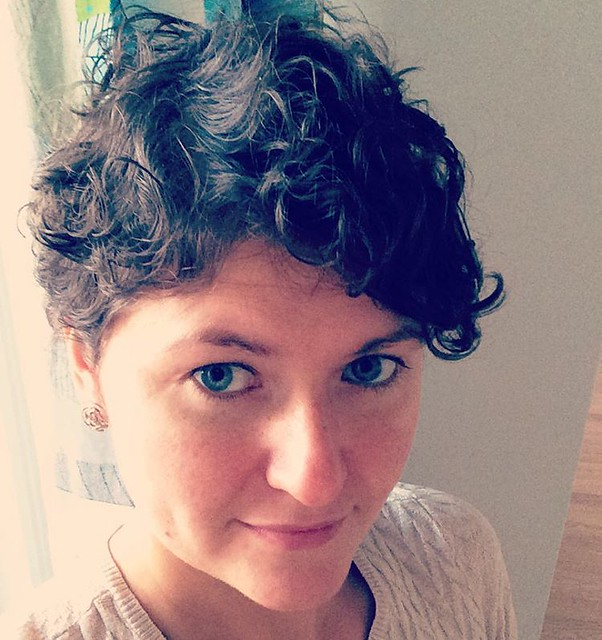 Suddenly! #newhaircut I was thinking about it since spring. Never had enough courage. Thanks to @balabannat for encouraging me! #pixie #curly 😊