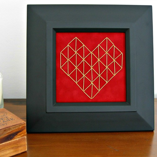 Stitched Geometric Heart Tutorial