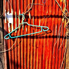 Hanger in the sun #red #rust #bangkok
