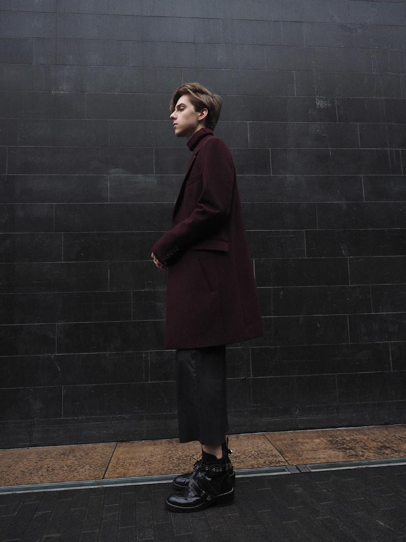 mikkoputtonen_fashionblogger_london_outfit_style_asos_kiomi_onarSrtudios_leatherpants_balenciaga_cutoutboots2_web