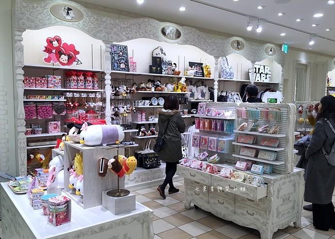 3 日本東京購物原宿白色迪士尼Disney Store