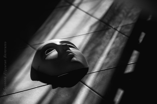 Mask (Light & shadow)