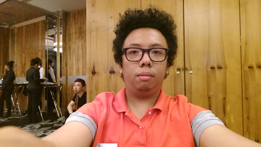 HTC One A9 - Front Camera - Sample 1