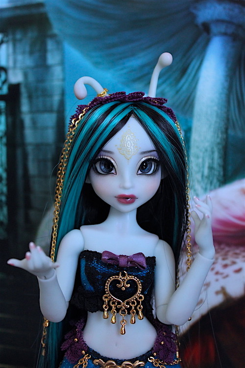 My blue Caterpillar (Aria Mystic Dolls)  25815651251_648a12a9f6_b