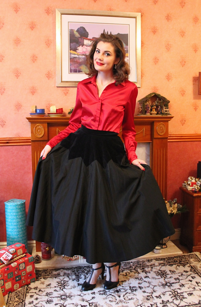 Taffeta and Red Satin via lovebirdsvintage.co.uk
