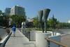 Santiago - Parque de las Osculturas legs