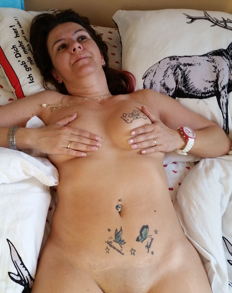 hot mom nude