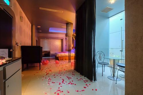 大推薦!媜13客製化佈置讓我度過一個浪漫情人節?_房型307 (8)
