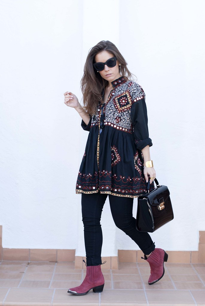 07_boho_outfit_in_black