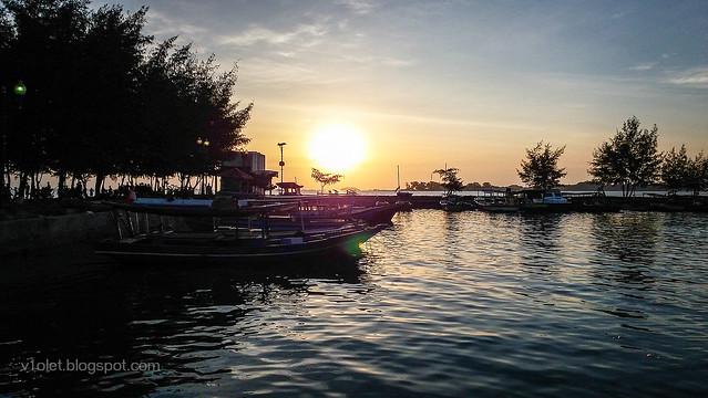 Pulau Pramuka Dermaga2-173625rw