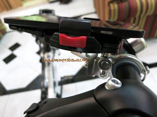 Minoura iH-220-M Terpasang Di Stand Sepeda
