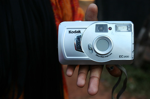 Le macchine a rullino Kodak usate nel 2009 nel corso di fotografia a Chimbel