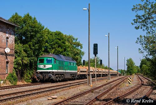 V300 003 (ex 232 684) + V300 004 (ex 232 429) am 20.08.2009 in Großenstein