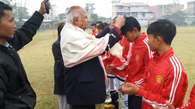 8.12th Feb_Mr. Ramadorai distributing medals to budding young football players of FC Imphal at Imphal
