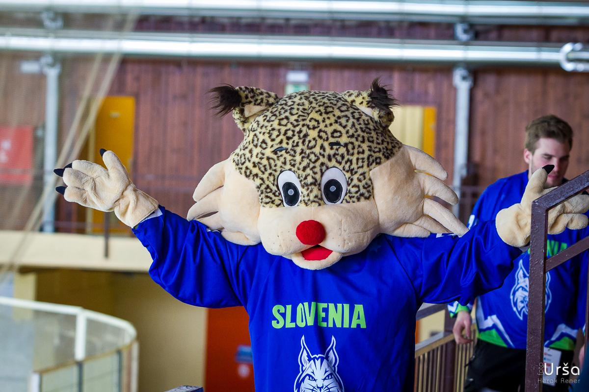 SP v hokeju za ženske: Hrvaška vs. Slovenija