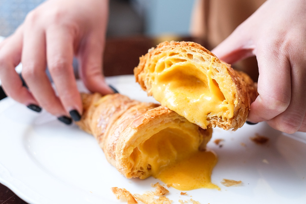 Food Guide to Jalan Besar & Lavender: Antoinette's salted egg croissants