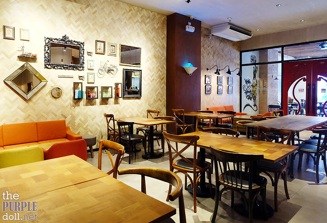 Cafe Enye Eastwood Interior